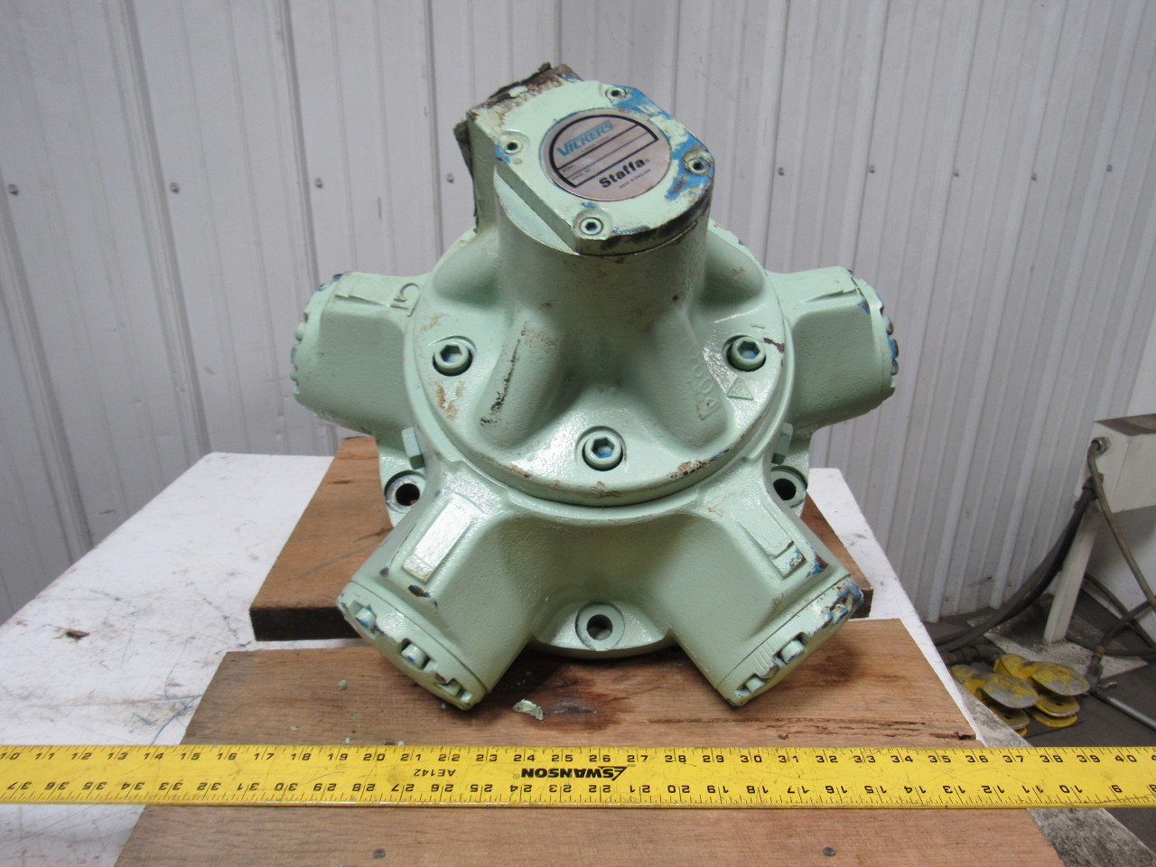 Vickers Staffa HM/B080/S/S03/30 Fixed Displacement Radial Piston Hydraulic Motor
