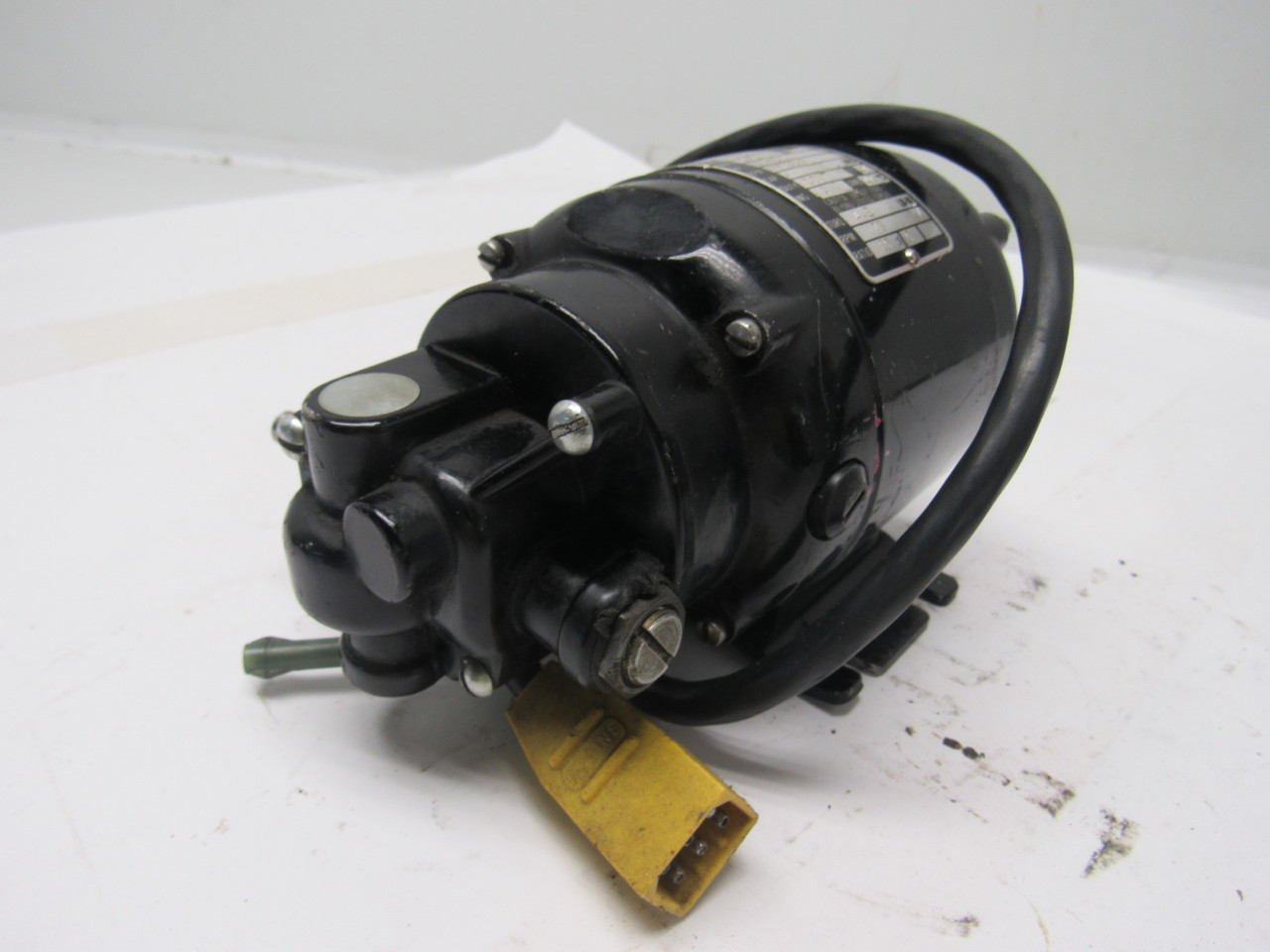 Bodine Nsh 12 1 50hp 115vdc 1725rpm In 173rpm Out Electric