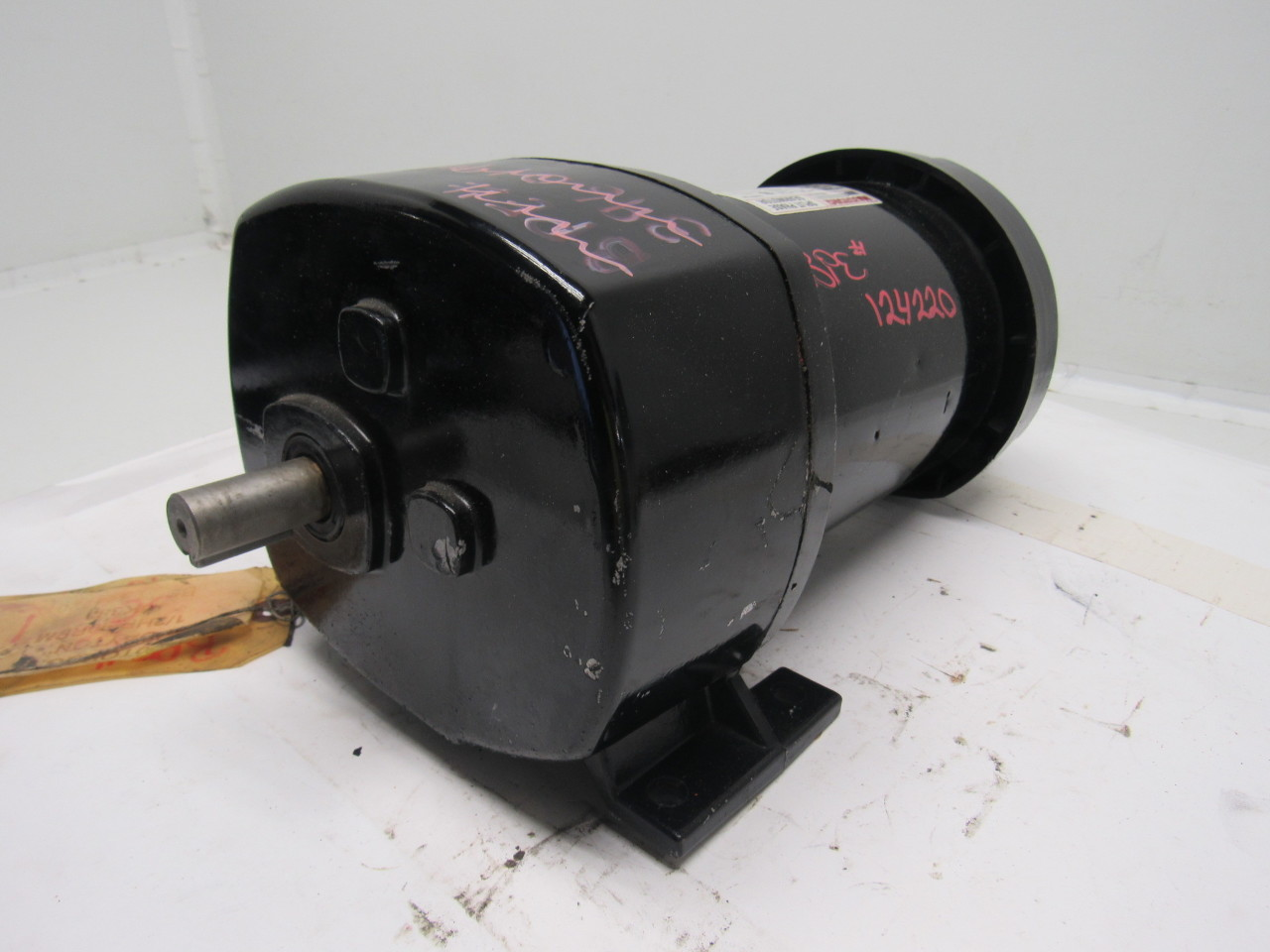 Dayton 6k383 1 2hp 1ph 115v 90rpm parallel shaft split for Split phase ac motor