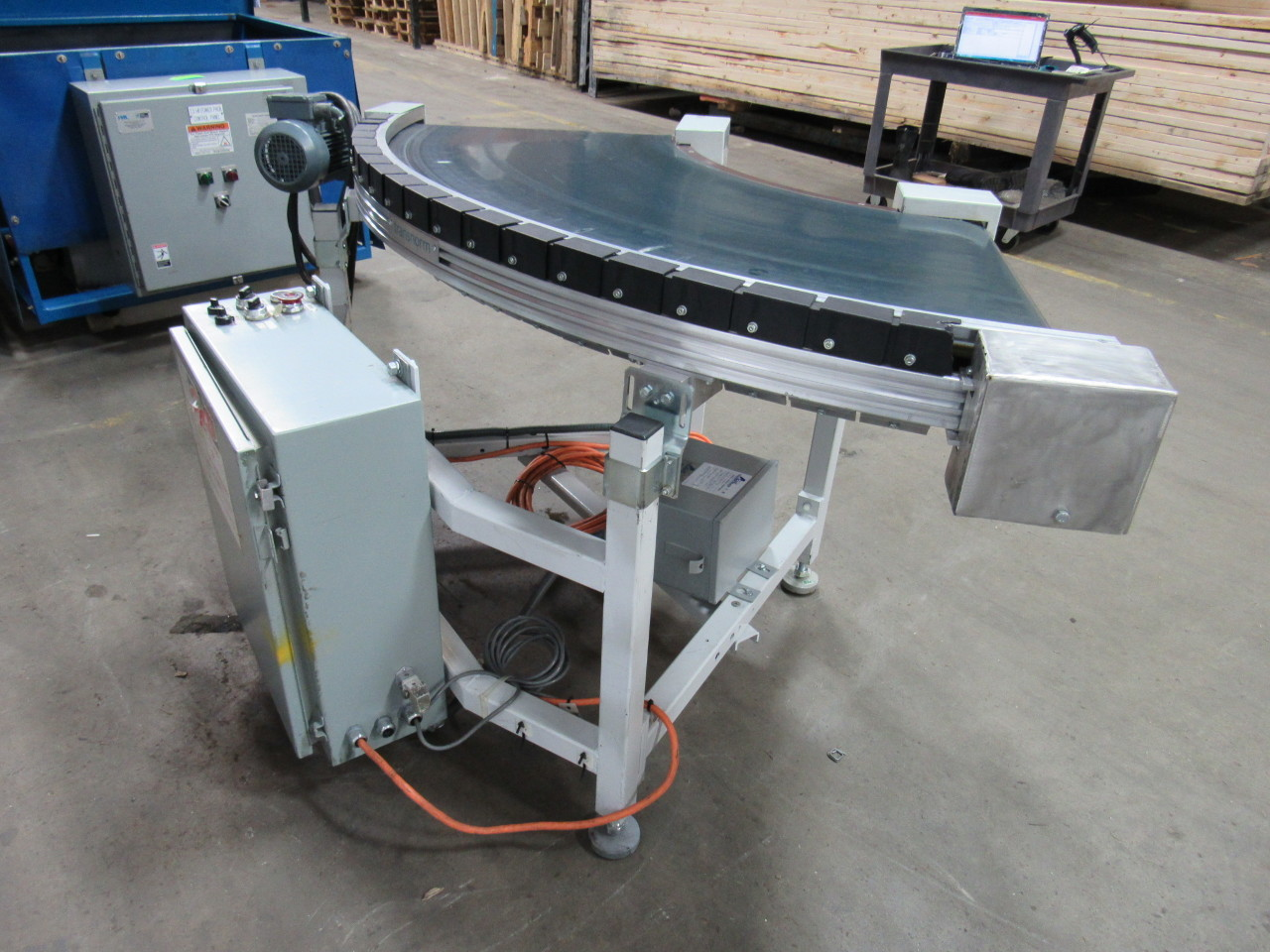 Transnorm ts1500 80a 90 degree powered flat belt conveyor Motorized conveyor belt
