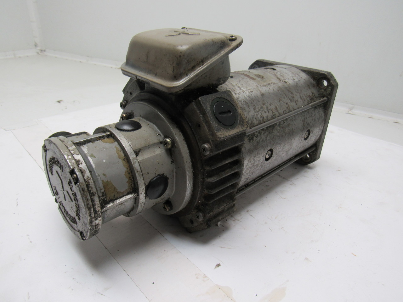 Mitsubishi Electric Hd 81 12s Dc Servo Motor From A Mazak
