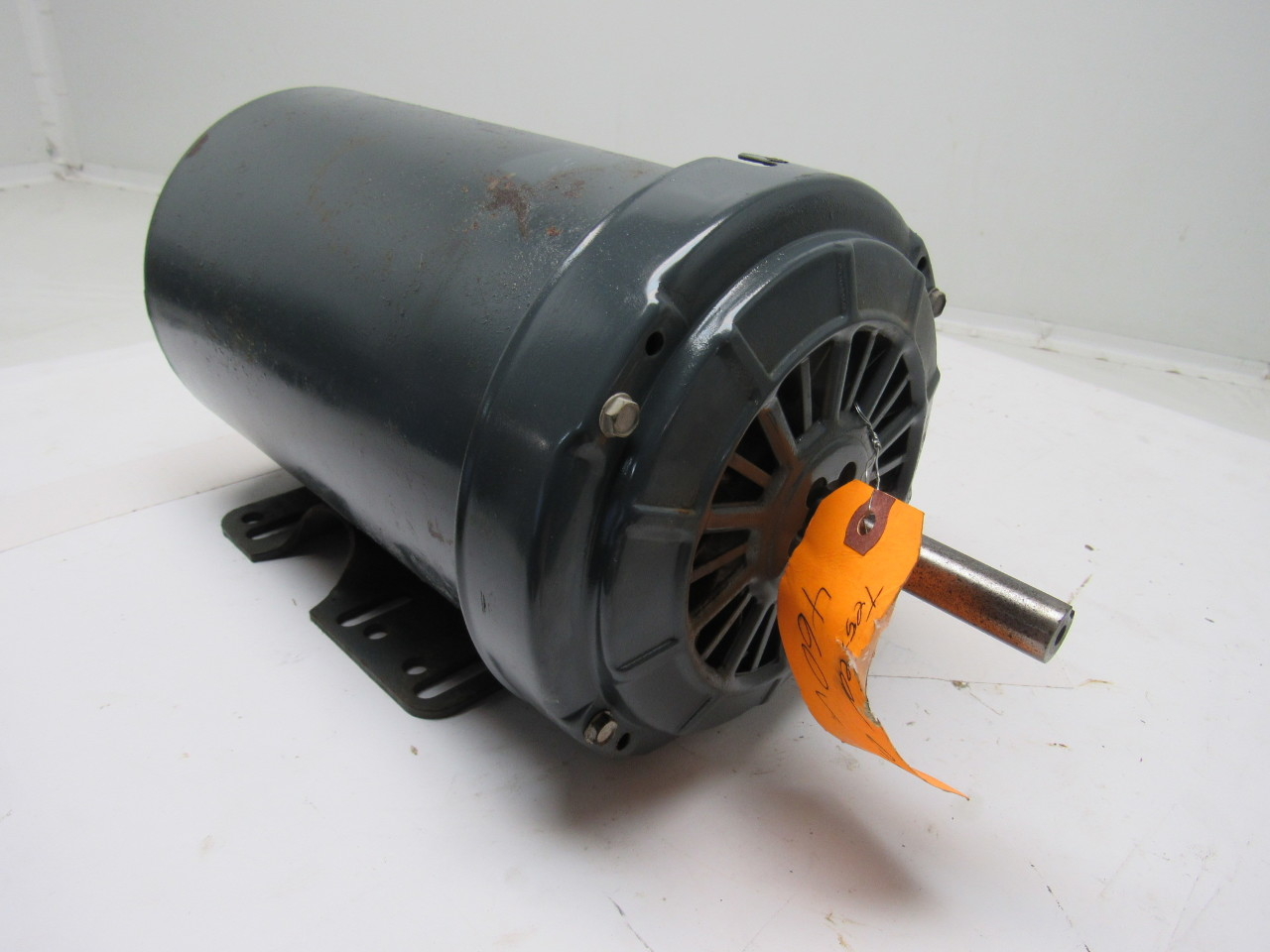 Ge general electric 5k49zg8174 2hp double shaft motor 208 for Double ended shaft electric motor