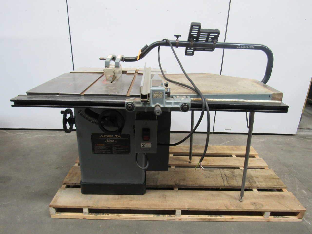 Delta 10 unisaw tilting arbor table saw 5 hp 3ph extended for 10 inch delta table saw