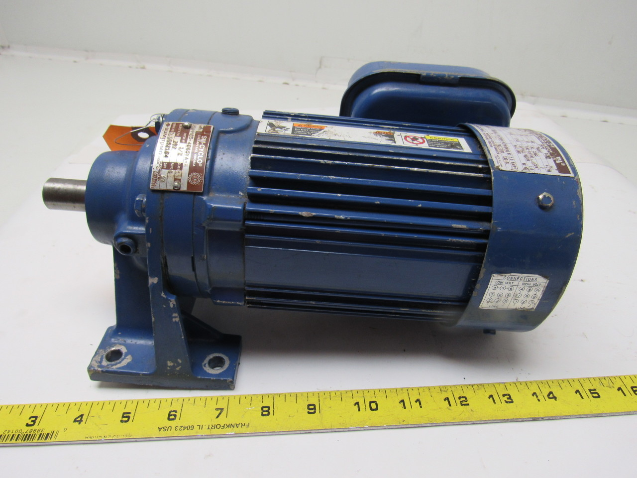 Sumitomo SM-Cyclo CNHM05-4085YA-6 1/2HP Gear Motor 6:1 Ratio 208-230/460V 3Ph