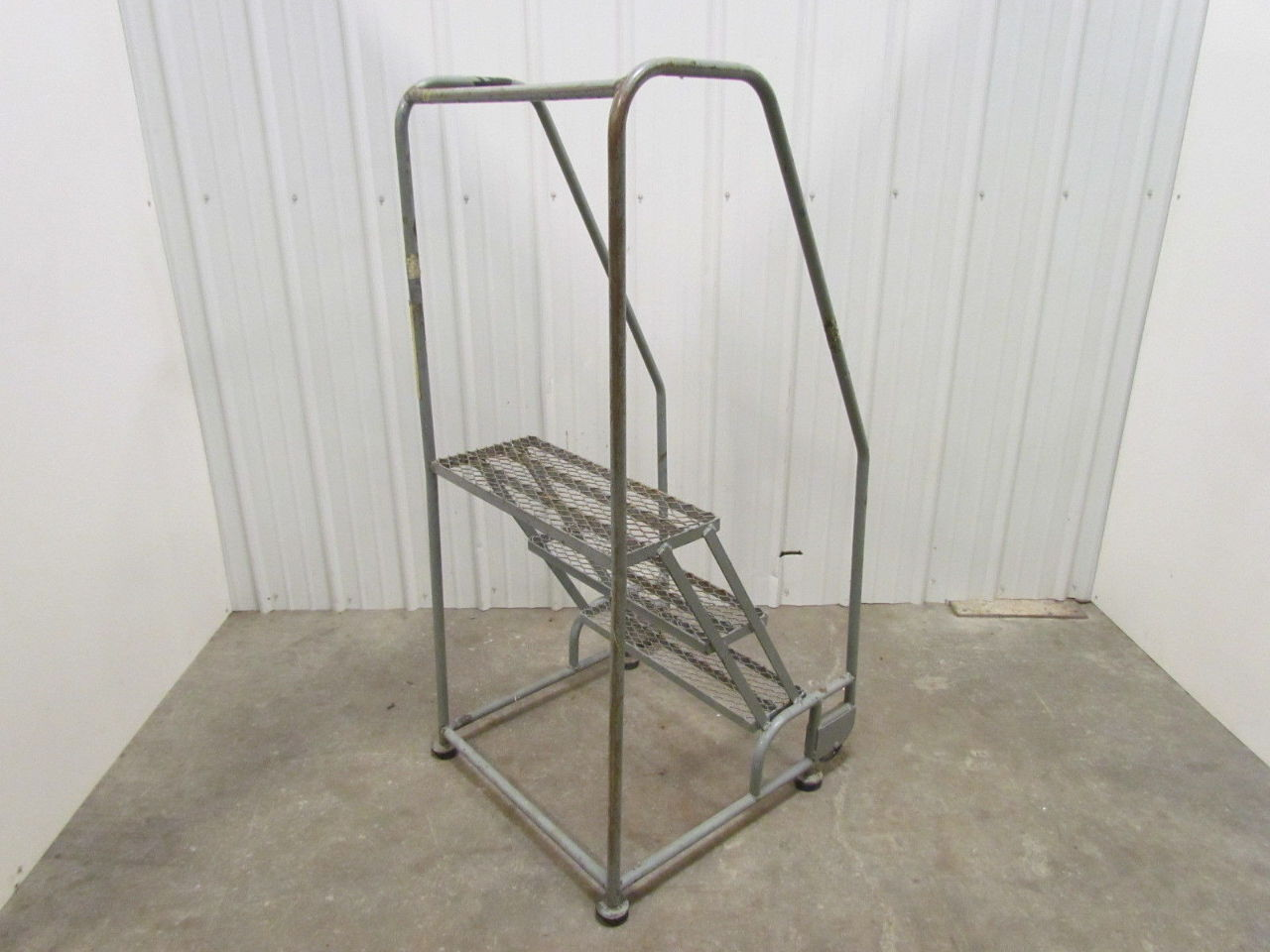 Cotterman 3 Step Steel Rolling Safety Ladder 60 Quot High 26