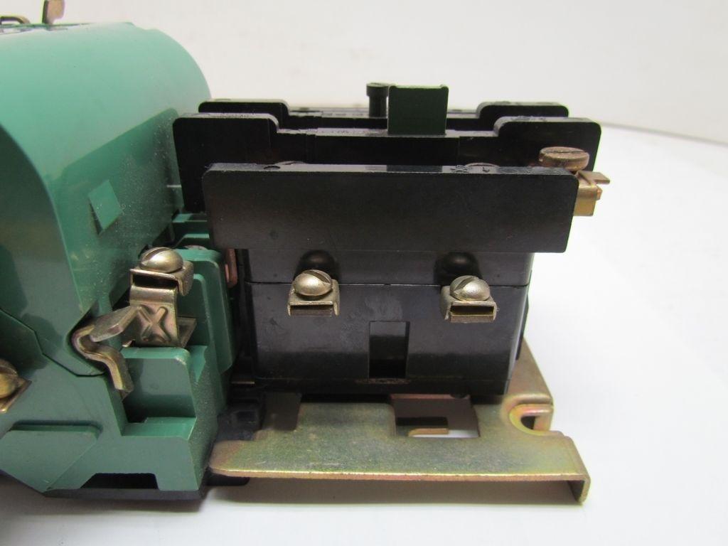 Furnas 14df32aa81a Size 1 Motor Starter 30a 600v 120v Coil Bullseye Industrial Sales