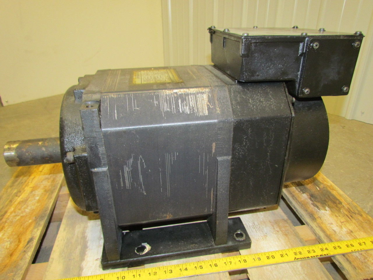 A b allen bradley 1327ab afl 11 e 150976 15 hp electric for A and b motors