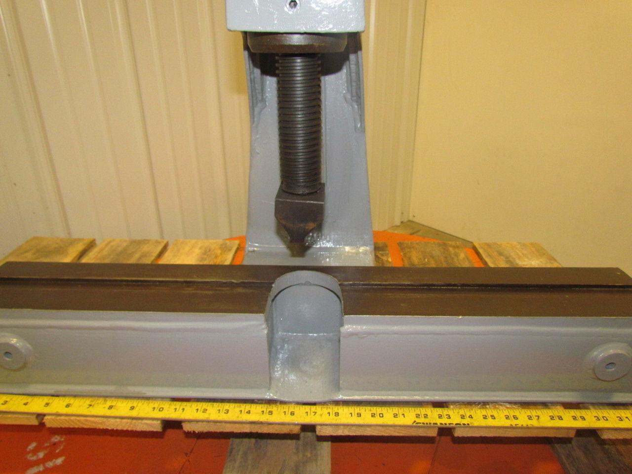 Dake 36 R Bench Mounted Straightening Heavy Duty Arbor