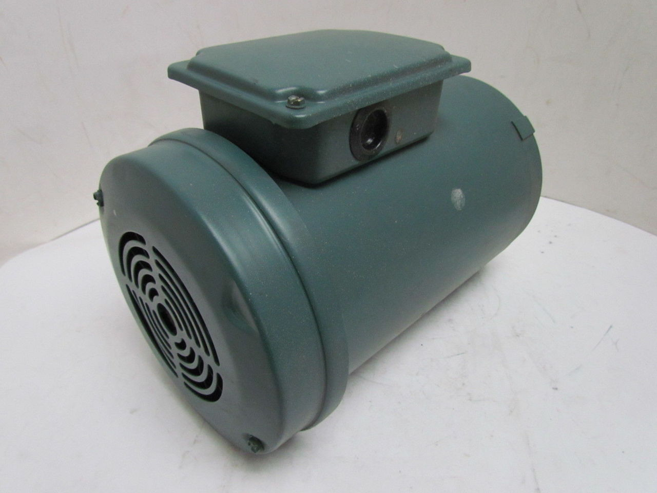 Reliance a c electric motor 1 1 2hp 1725rpm 230 460v 3ph for 1 hp electric motor for table saw