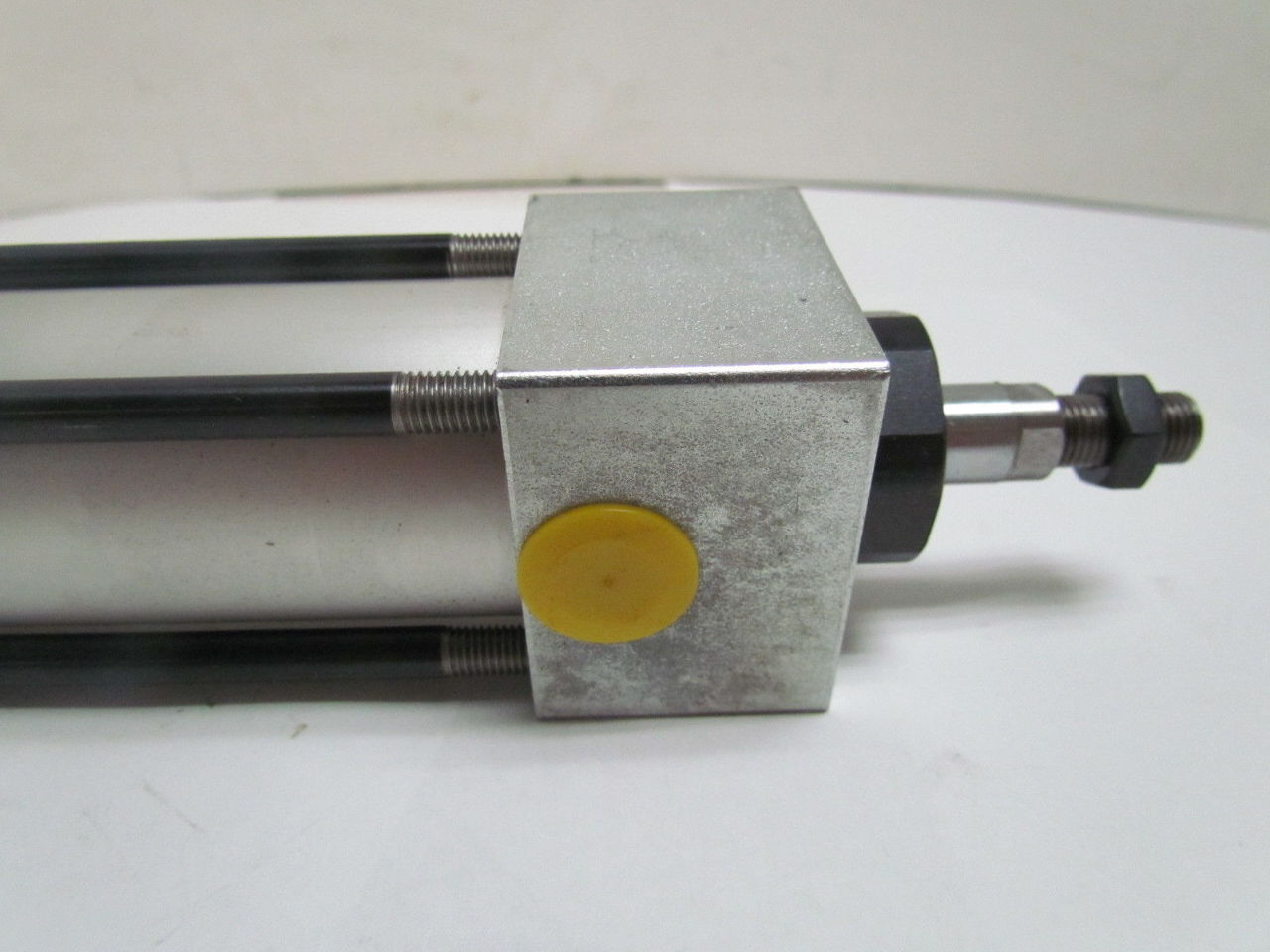 Tom thumb air valve
