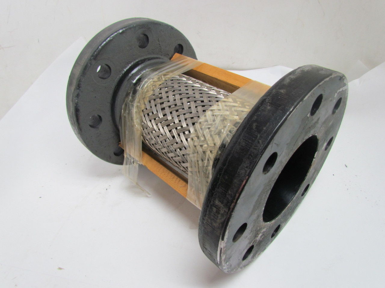 Expansion Joint Hardware : A in bolt pipe flex fitting expansion joint