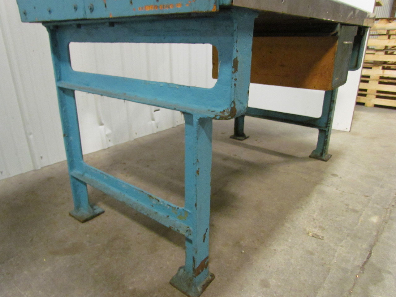 Vintage Industrial Heavy Duty Workbench Desk Butcher Block Table Cast Iron Legs Ebay