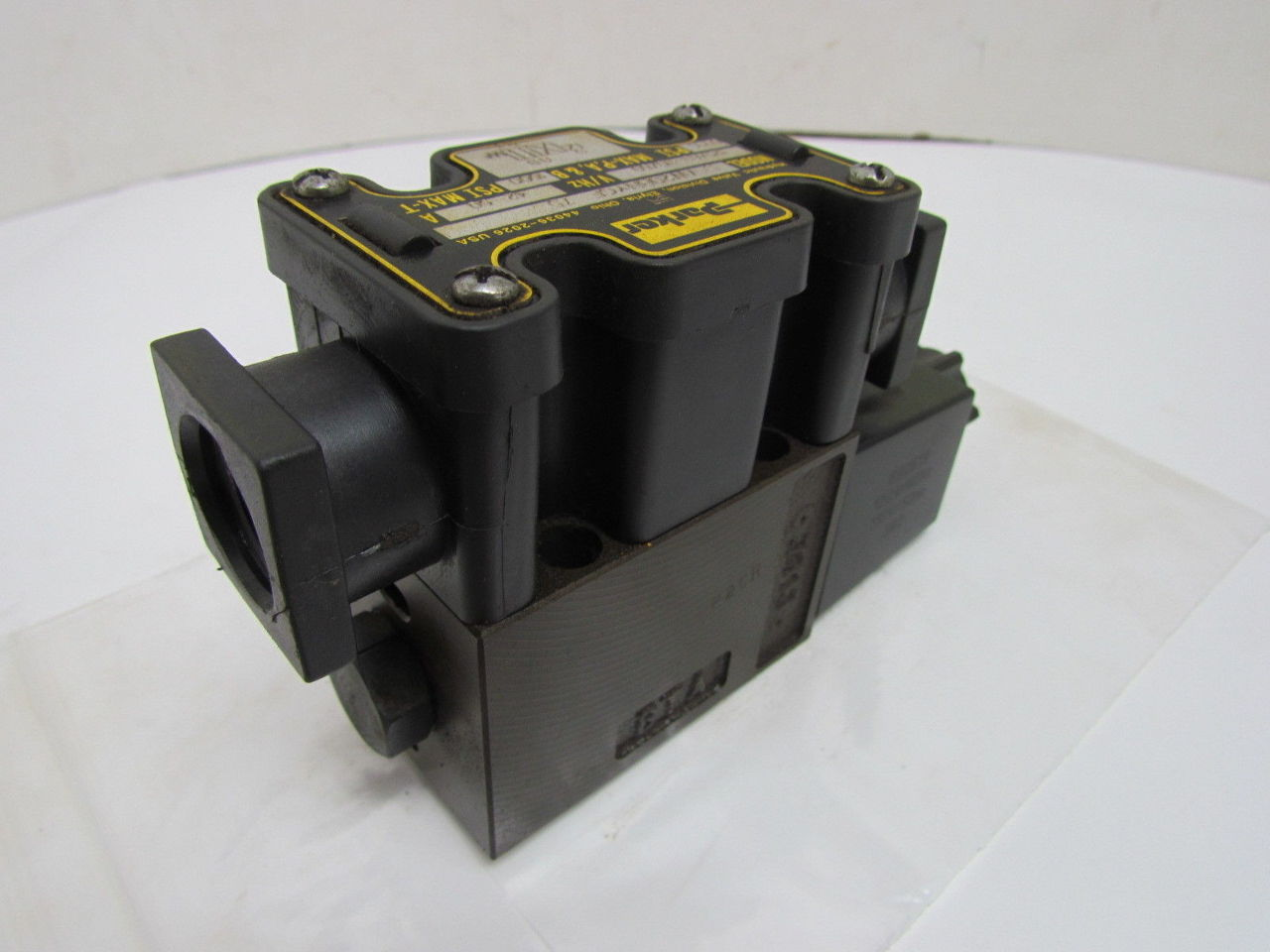 Parker D1vw20bnycf 75 110 120 Hydraulic Directional Valve
