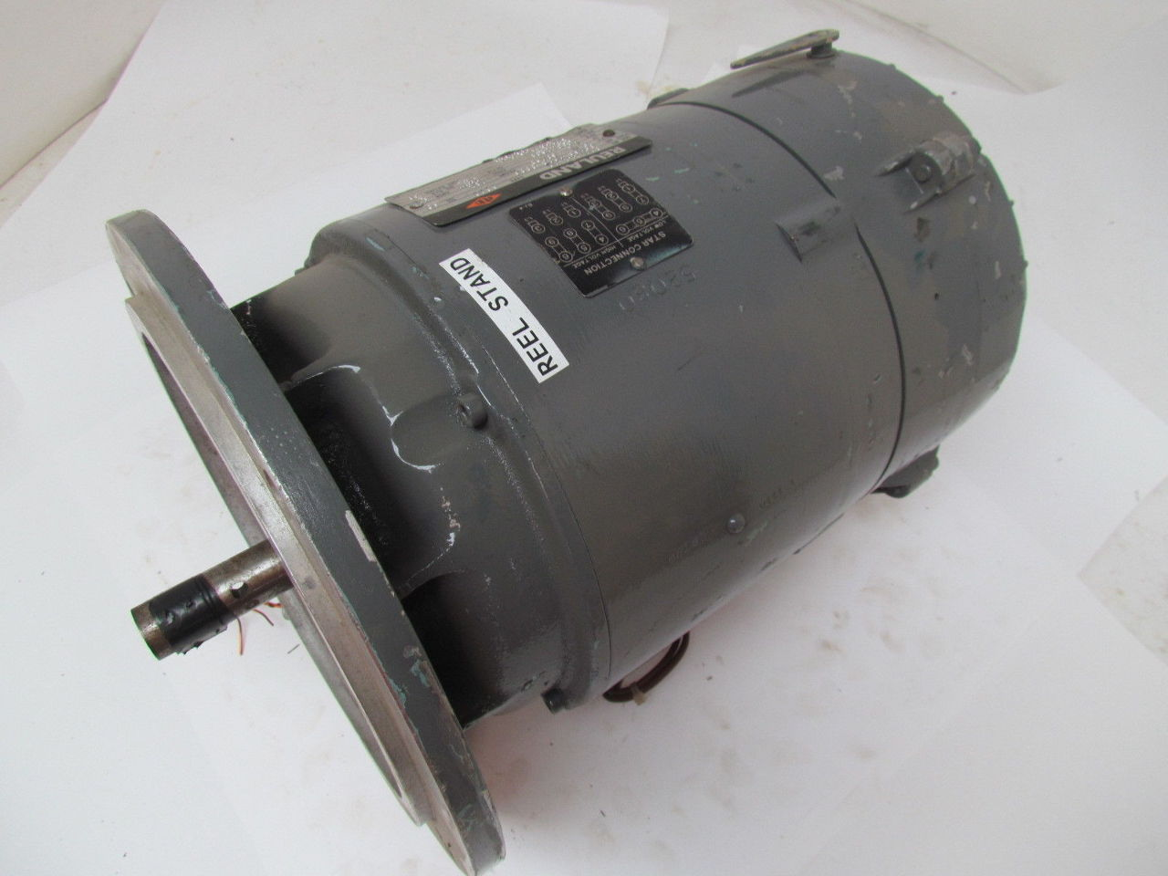 Reuland type c0t0 1 5 hp electric motor 220 440v magnetic for One horsepower electric motor