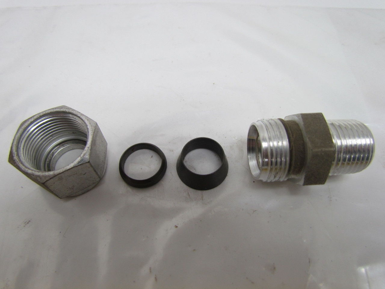 Swagelok s quot male connector tube fitting