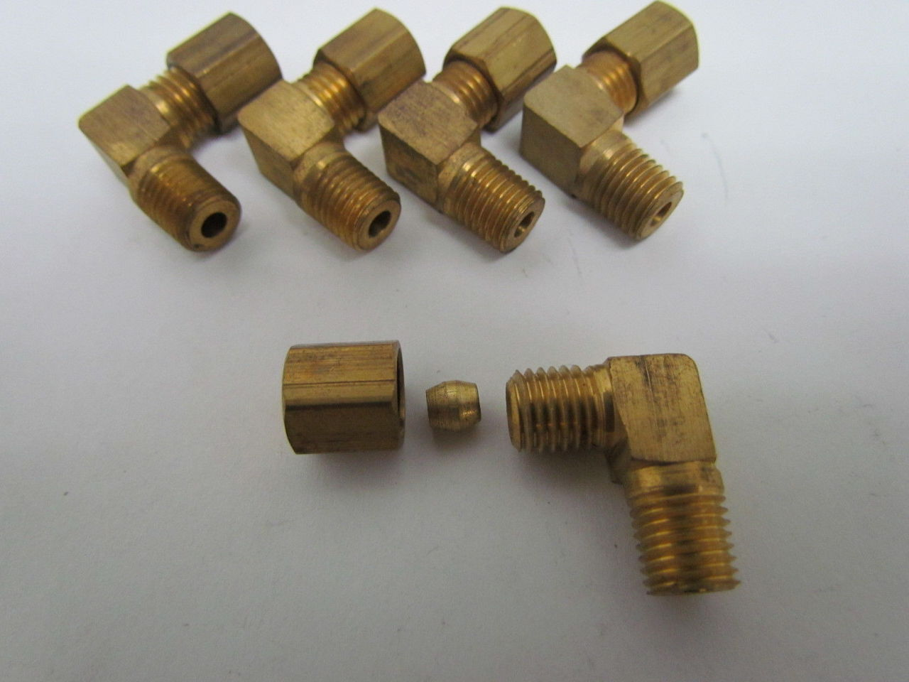 Eaton weatherhead x brass compression fitting male