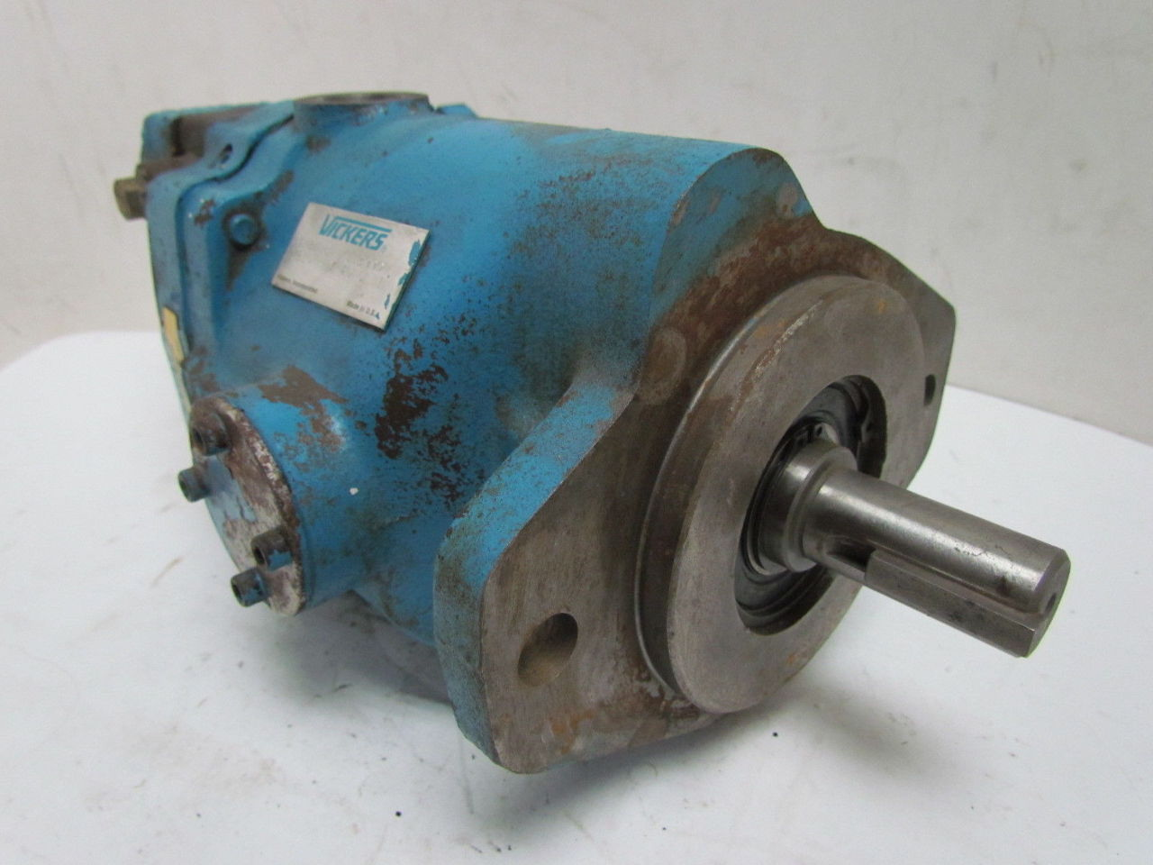 Piston pump eaton hydraulic piston pump for Variable displacement hydraulic motor