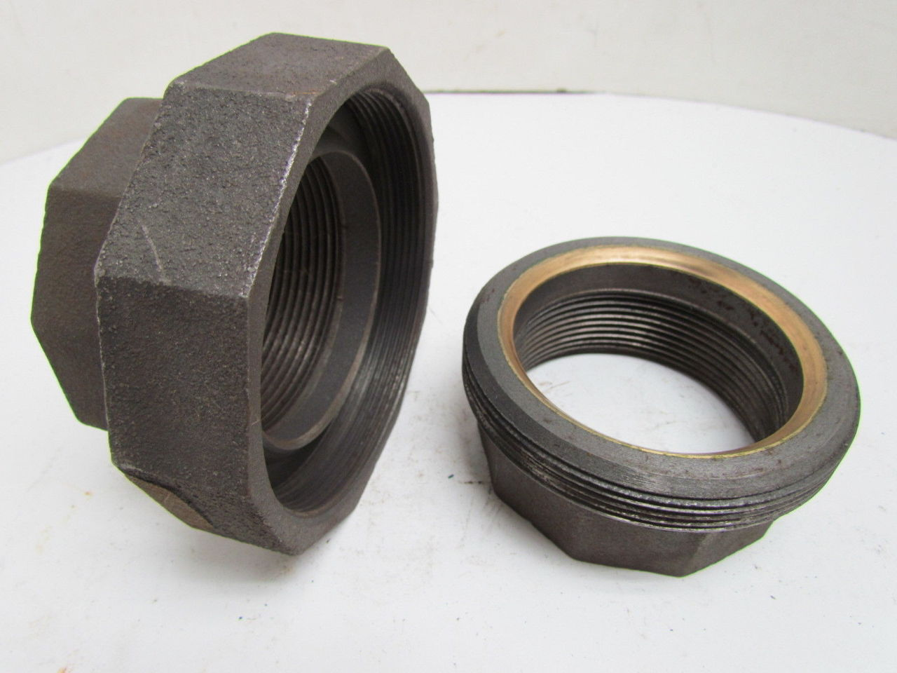 Grinnell quot npt class malleable iron black pipe union