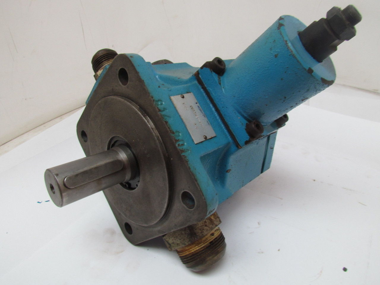 Vickers VVA40EP-CDWW21 Variable Displacement Vane ...