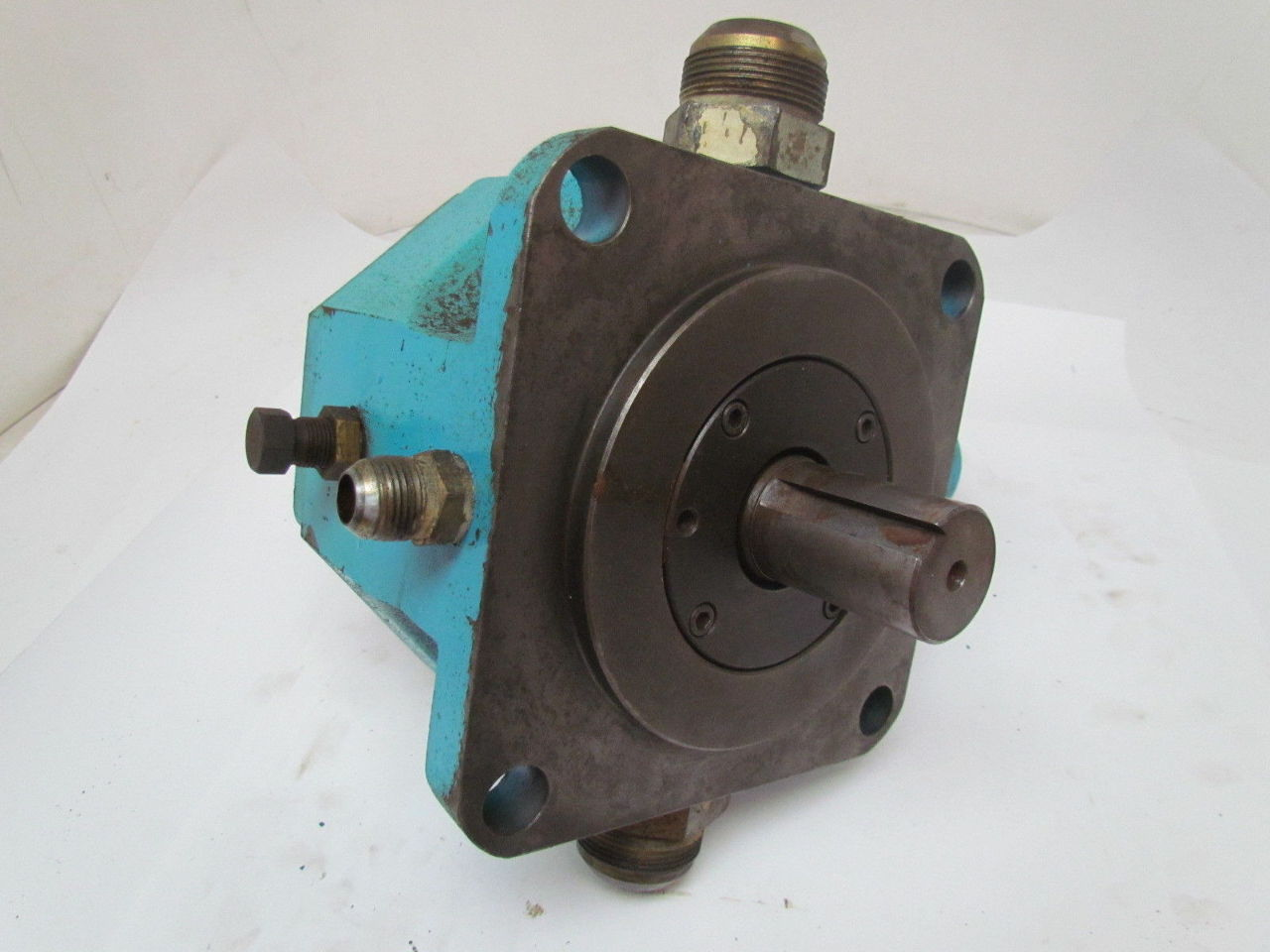 Vickers vva80fp cbww11 variable displacement vane for Variable displacement hydraulic motor