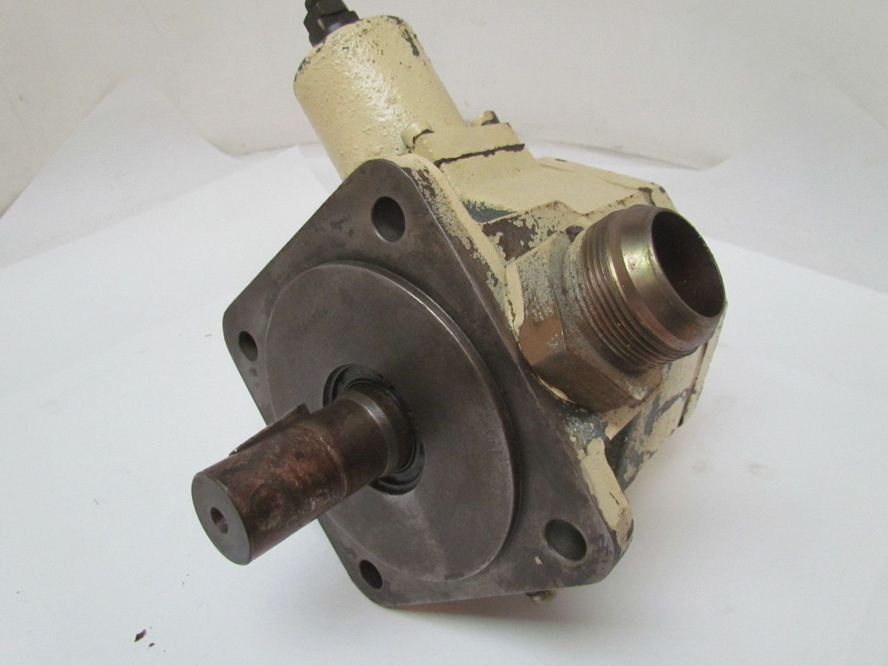 Vickers vva40 p c d ww20 variable displacement vane for Variable displacement hydraulic motor