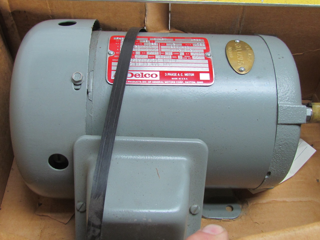 Delco 1f4827 2 hp electric motor 3 ph 1750 rpm 220 440v for Dc motor 1 3 hp