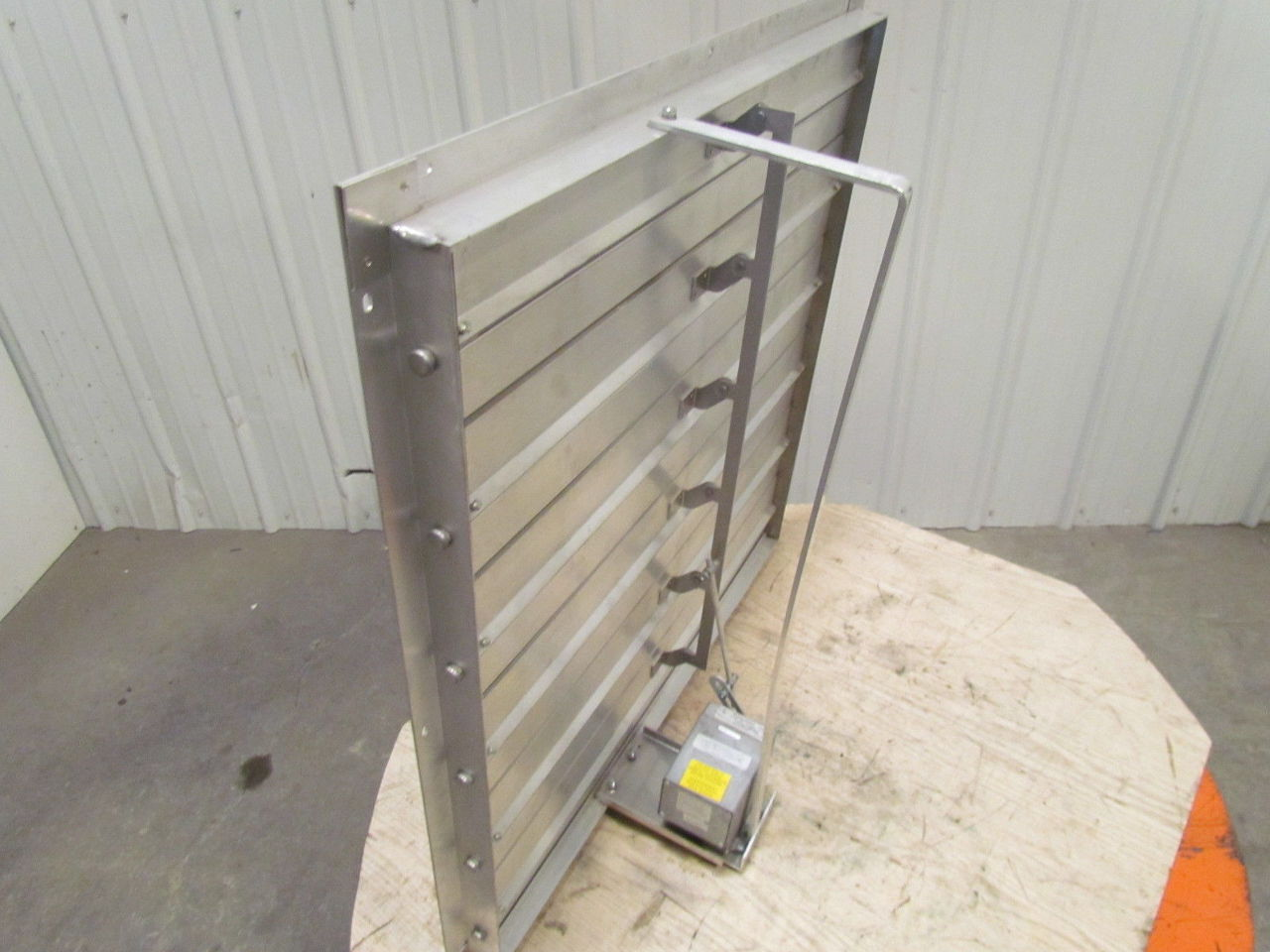 Motor Operated Louvers Pictures To Pin On Pinterest