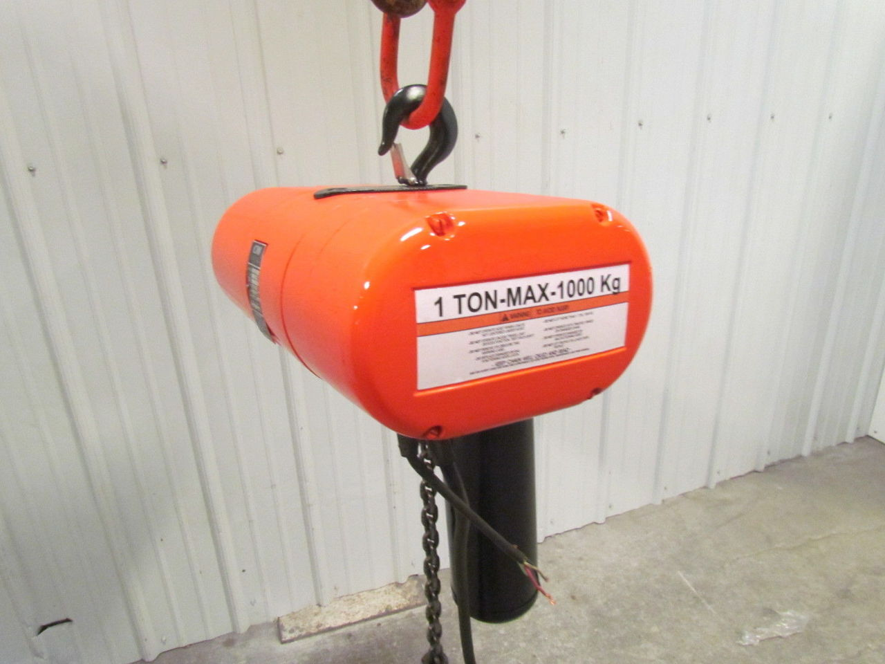 cm lodestar ll 2 1 ton 3ph electric chain hoist 32 10 fpm