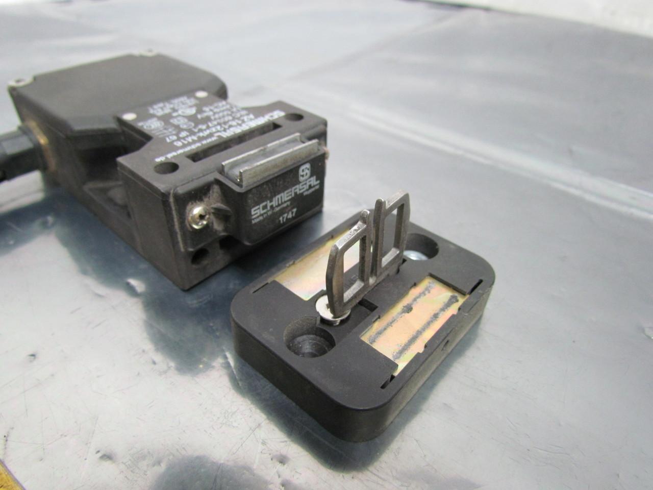 Door Switch Safety : Schmersal az zvrk m safety interlock door switch