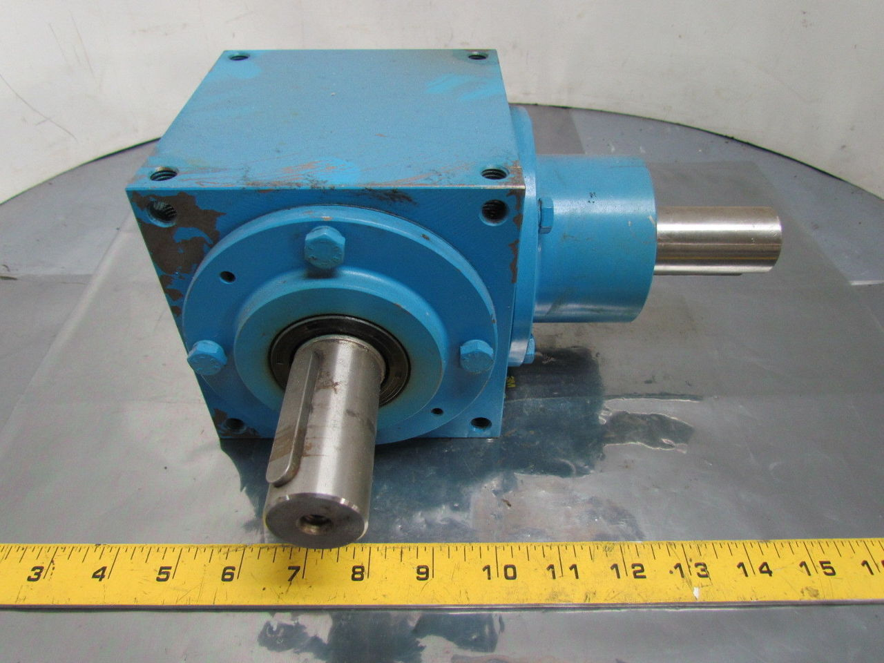 Right Angle Transmission : Beijing spiral bevel right angle doublel output gearbox