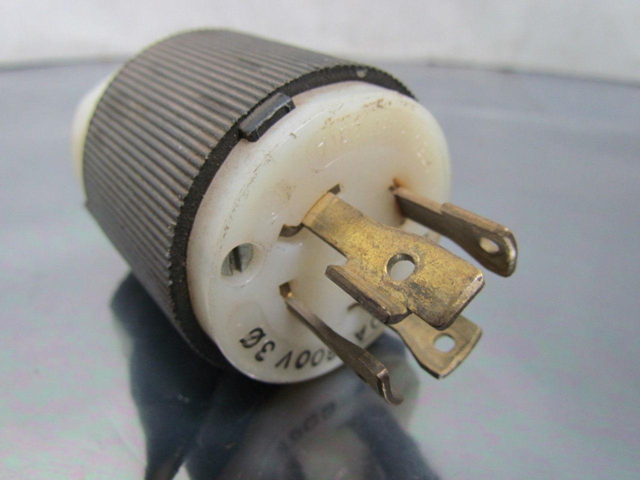 hubbell 231a 30a 600vac 3 pole 4 wire nema l17