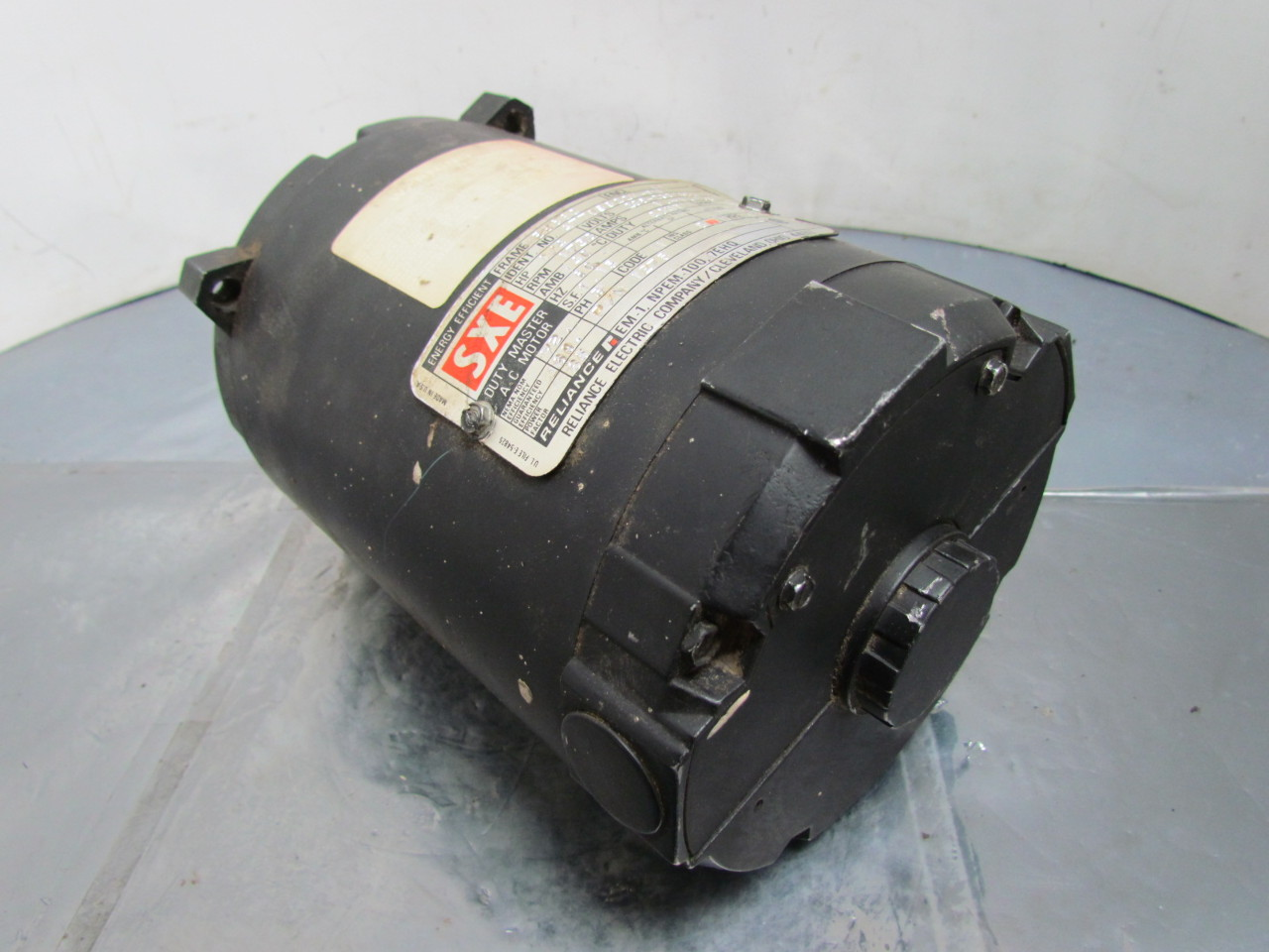Reliance Electric A77v9922m 1275 Ac Motor 1 4hp 3ph 56c