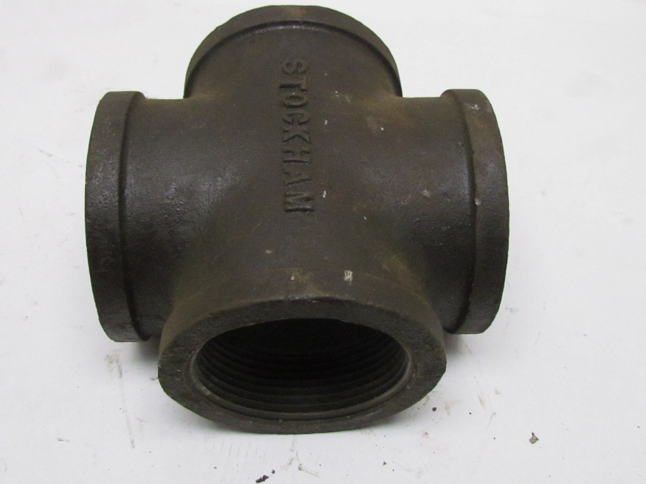 Quot npt black malleable iron cross pipe fitting way