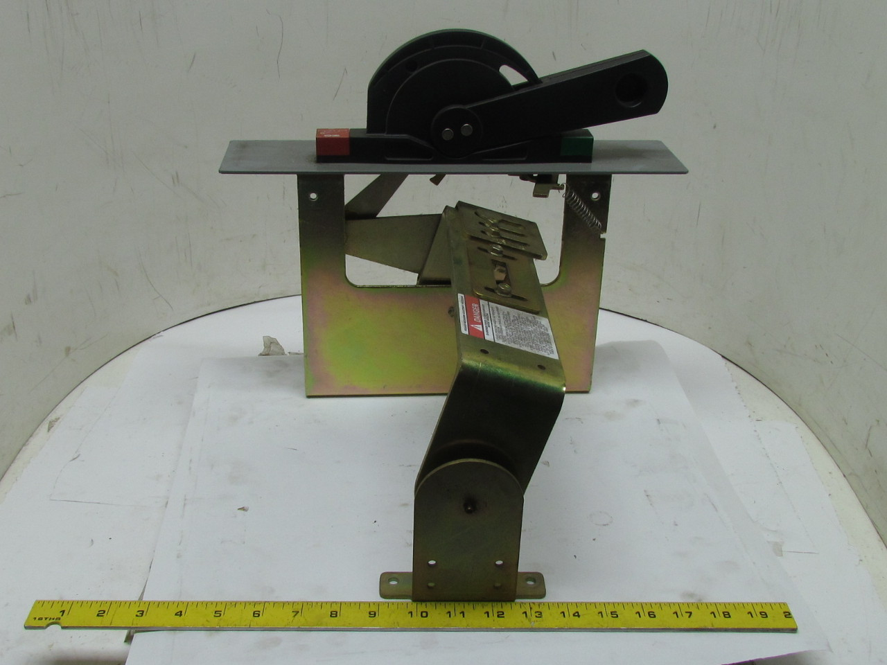 Lever Latch Mechanism : N l m mds circuit breaker disconnect switch lever handle