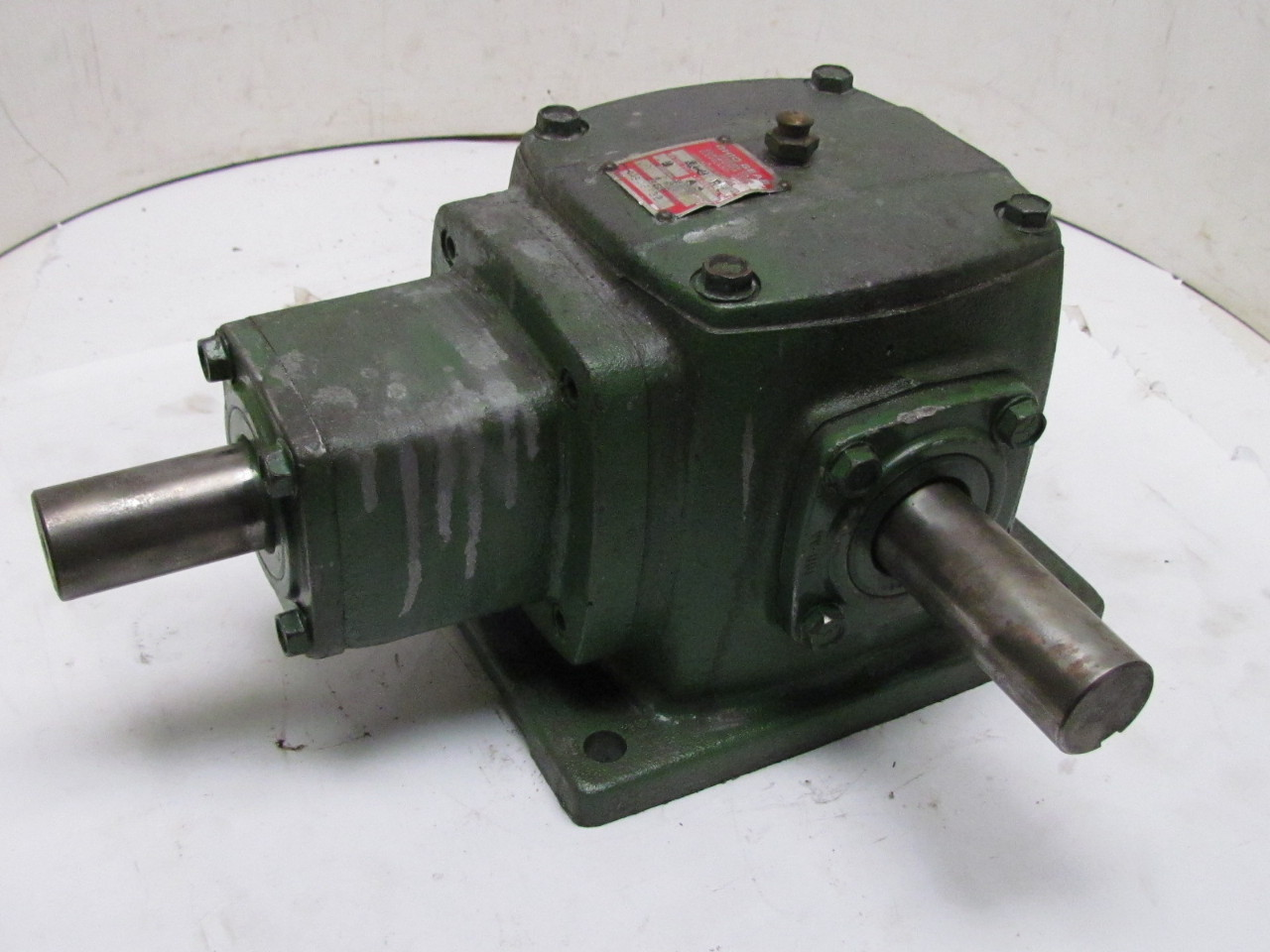 Right Angle Transmission : Ohio ra right angle bevel gear drive speed reducer