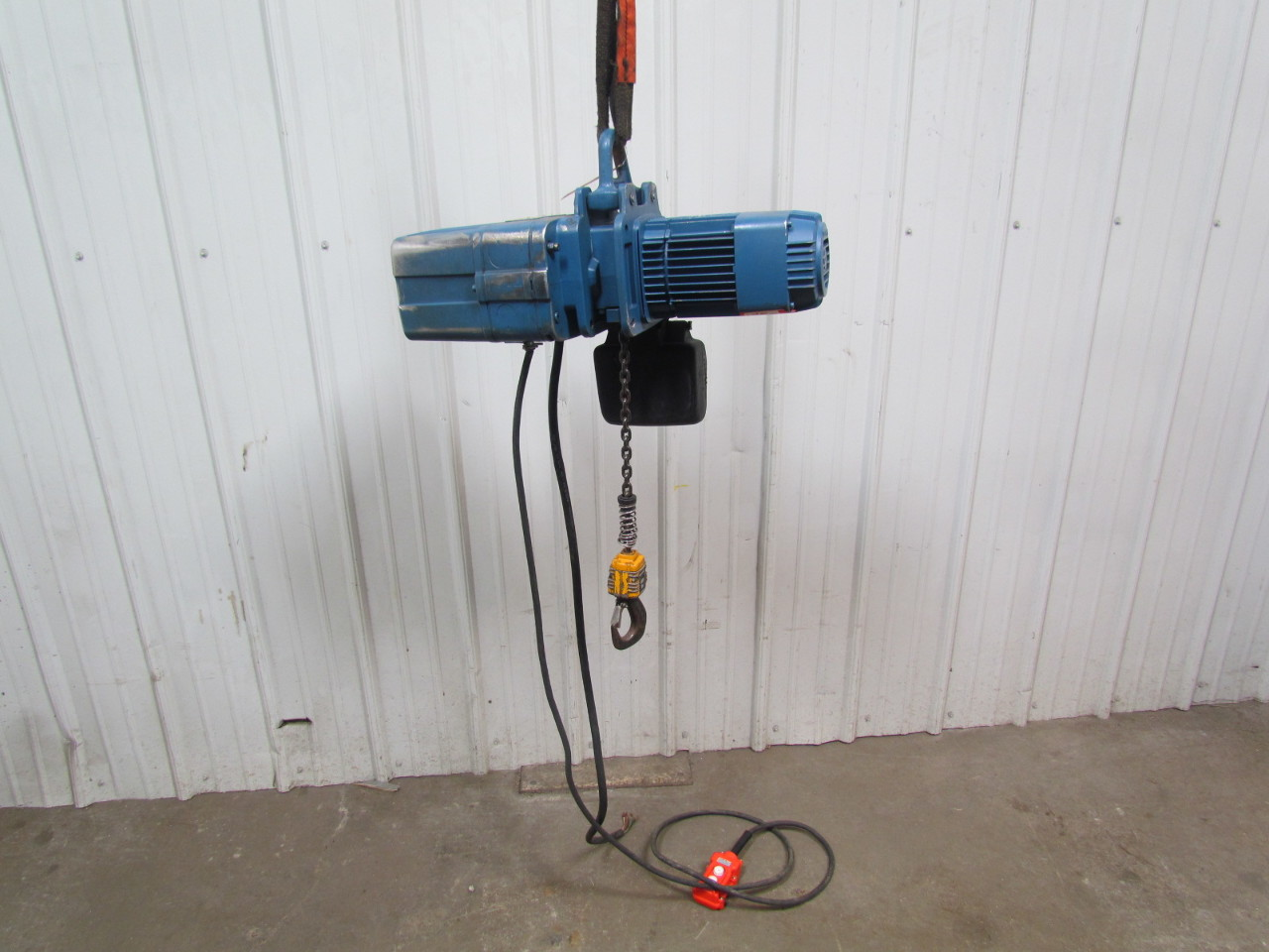 demag dkun 5 500 k v1 1 2 ton 1000 lb electric chain hoist 13 039 demag dkun 5 500 k v1 1 2 ton 1000 lb electric chain hoist