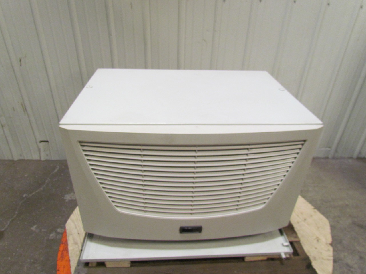 Rittal Sk 3386140 Roof Mounted Ac Cooling Unit Air