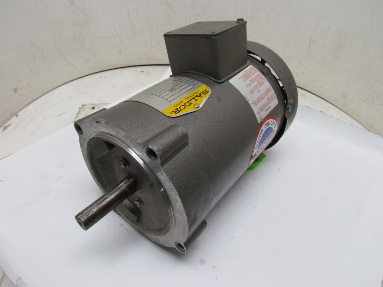 Baldor vm3538 5 34a63 873 3 phase electric motor 1 2hp for 3 phase 3hp motor