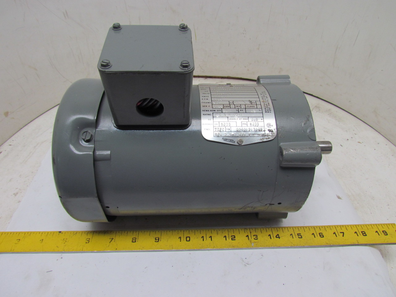 Boston Gear Futf B 66223 3 Phase Electric Motor 1 2hp 1725