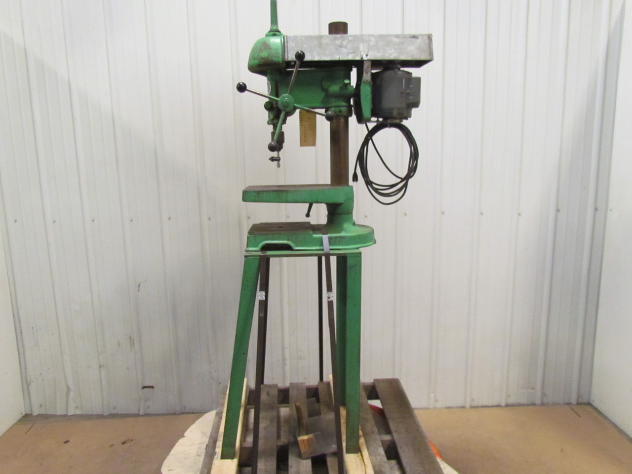 Walker Turner Drill Press 900 Series