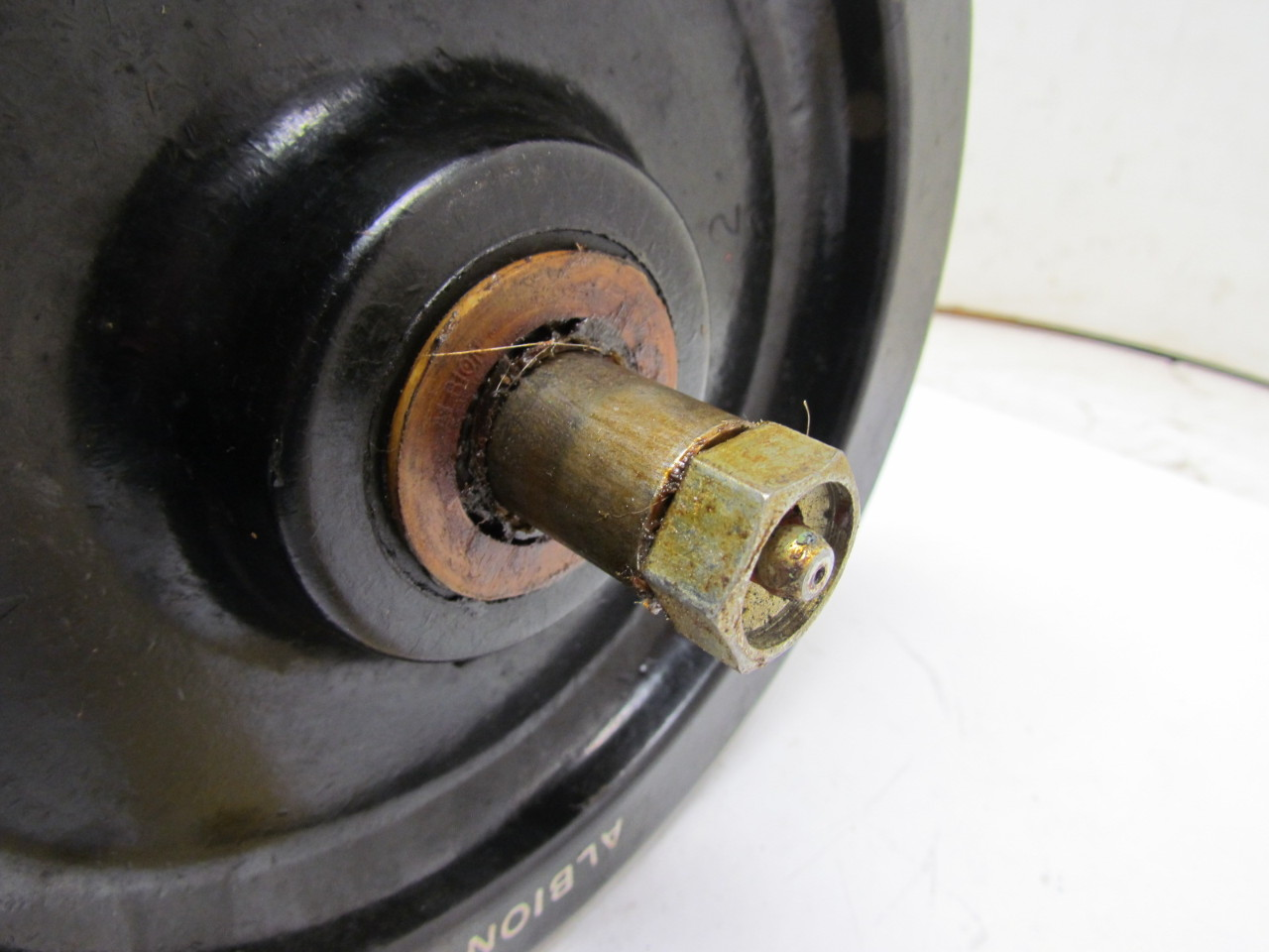 Albion 8 Quot X2 Quot Replacement Caster Phenolic Wheel Bullseye