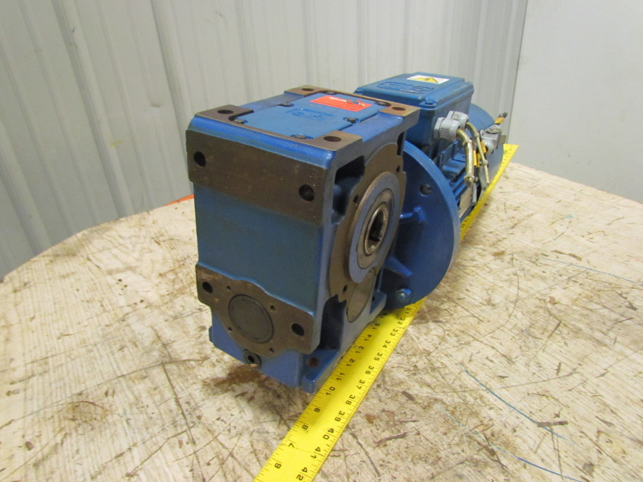 Rossi f0 100lr4 b5 electric motor w gearbox speed reducer Electric motor with gearbox