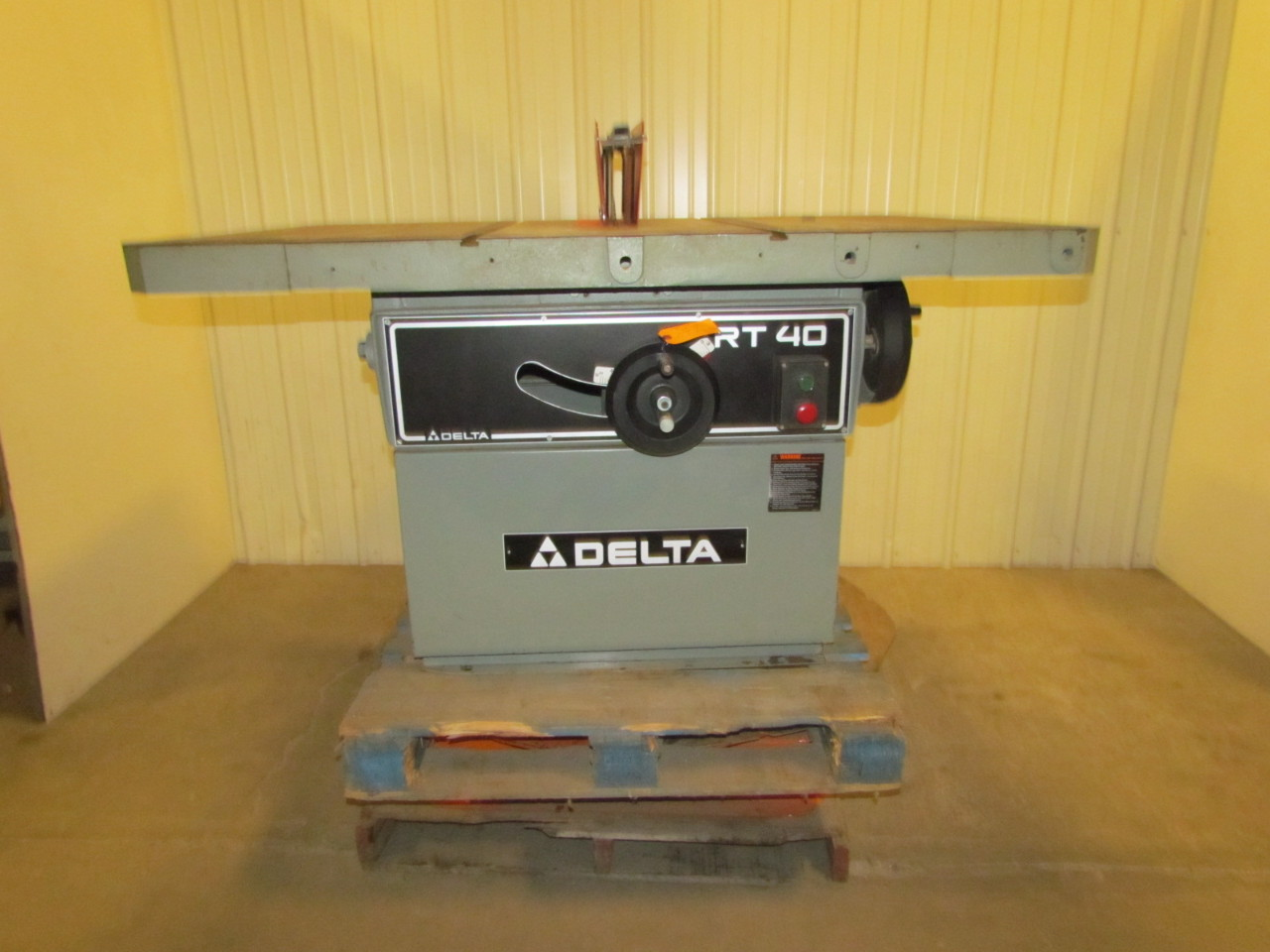 Delta Rt40 Rt 40 36789 14 Tilting Arbor Large Capacity Table Saw 7 1 2 Hp 3ph Ebay