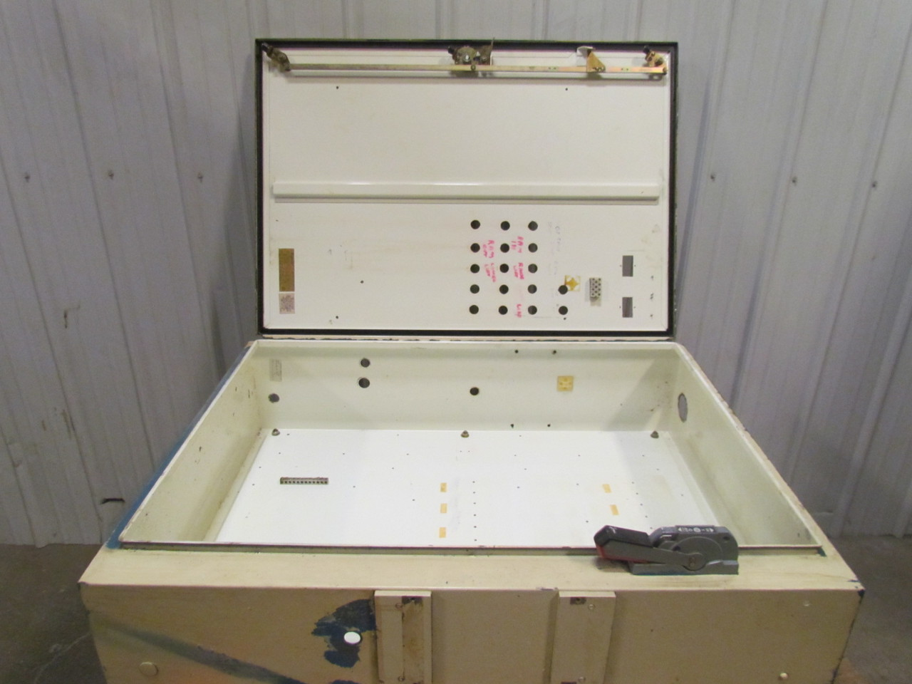 hoffman a-b 30a fusible disconnect switch electrical ... hoffman fuse box fuse box vs breaker box