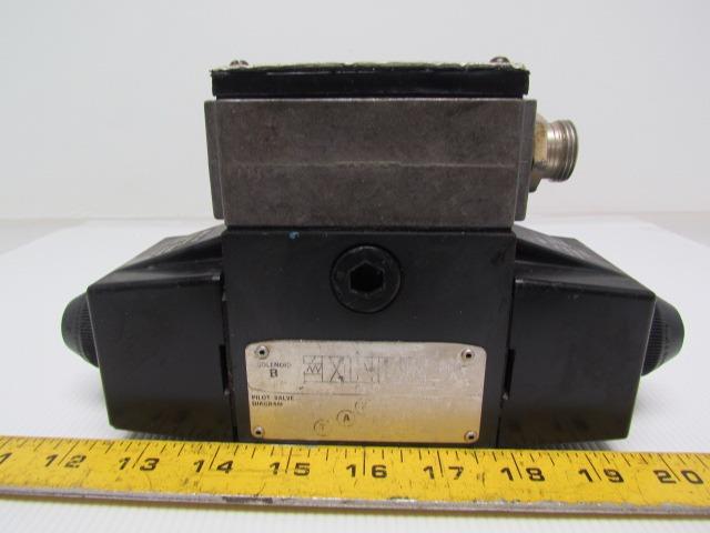 Vickers 02-119590 DG4S4LW-01 6C-B-60 Double Solenoid Hydraulic Valve 3-Pos 4-Way