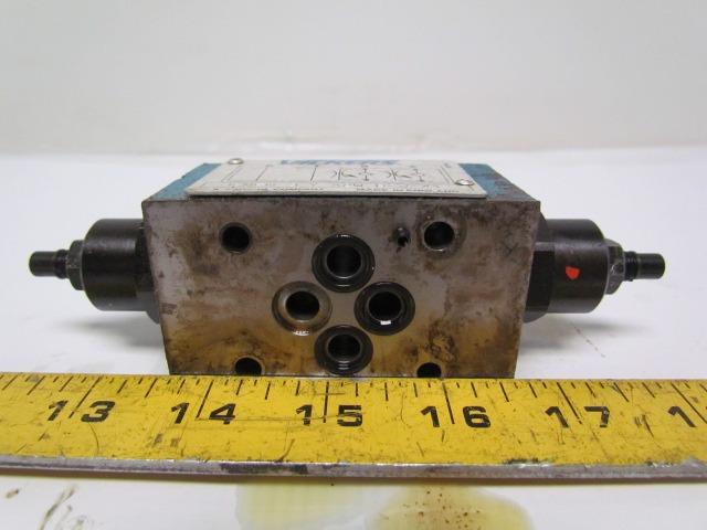 Vickers DGMFN-3-Y-A2W-41 SystemStak Hydraulic Dual Flow Control