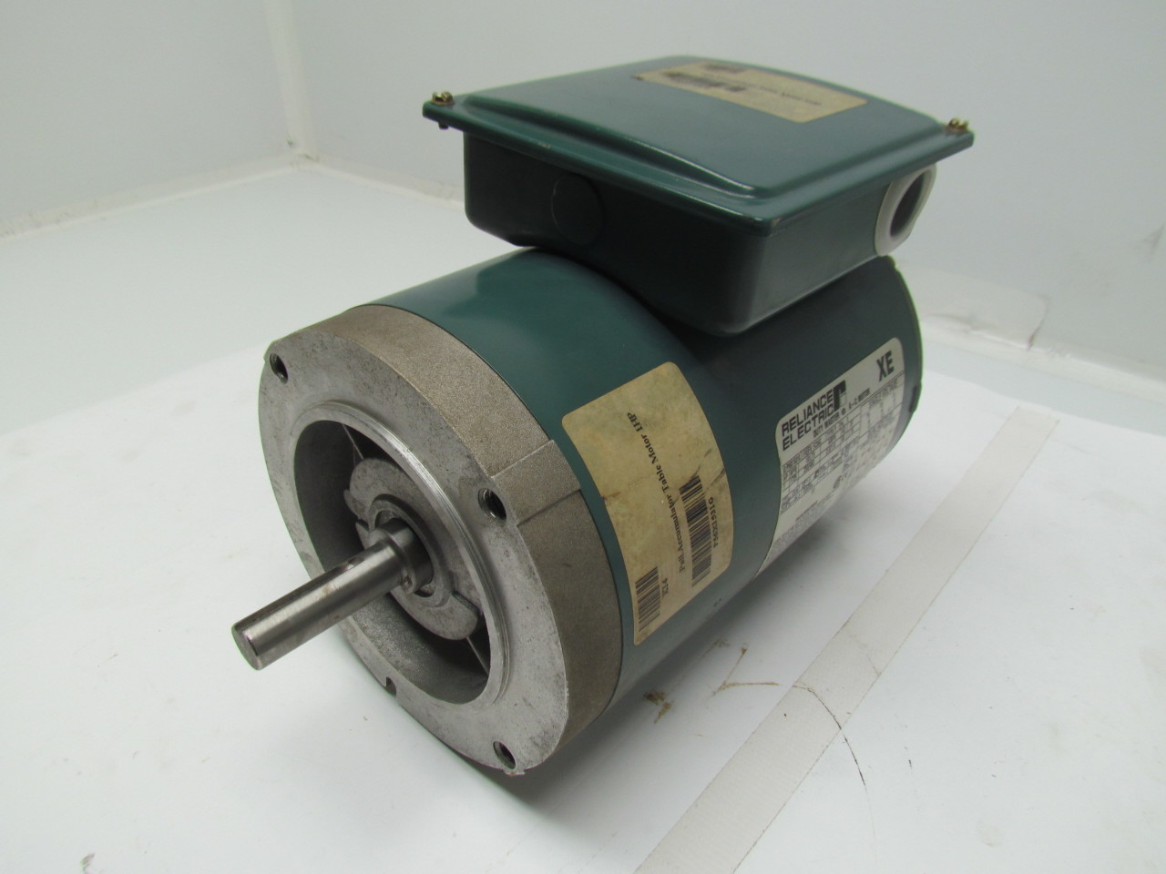 Reliance electric p56x1531g duty master 1hp 230 460v 3ph for Duty master ac motor