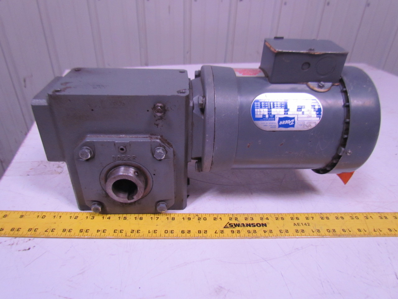 Doerr 201414b861 gearbox 50 1 ratio w lr 22132 electric for Gearbox for electric motor