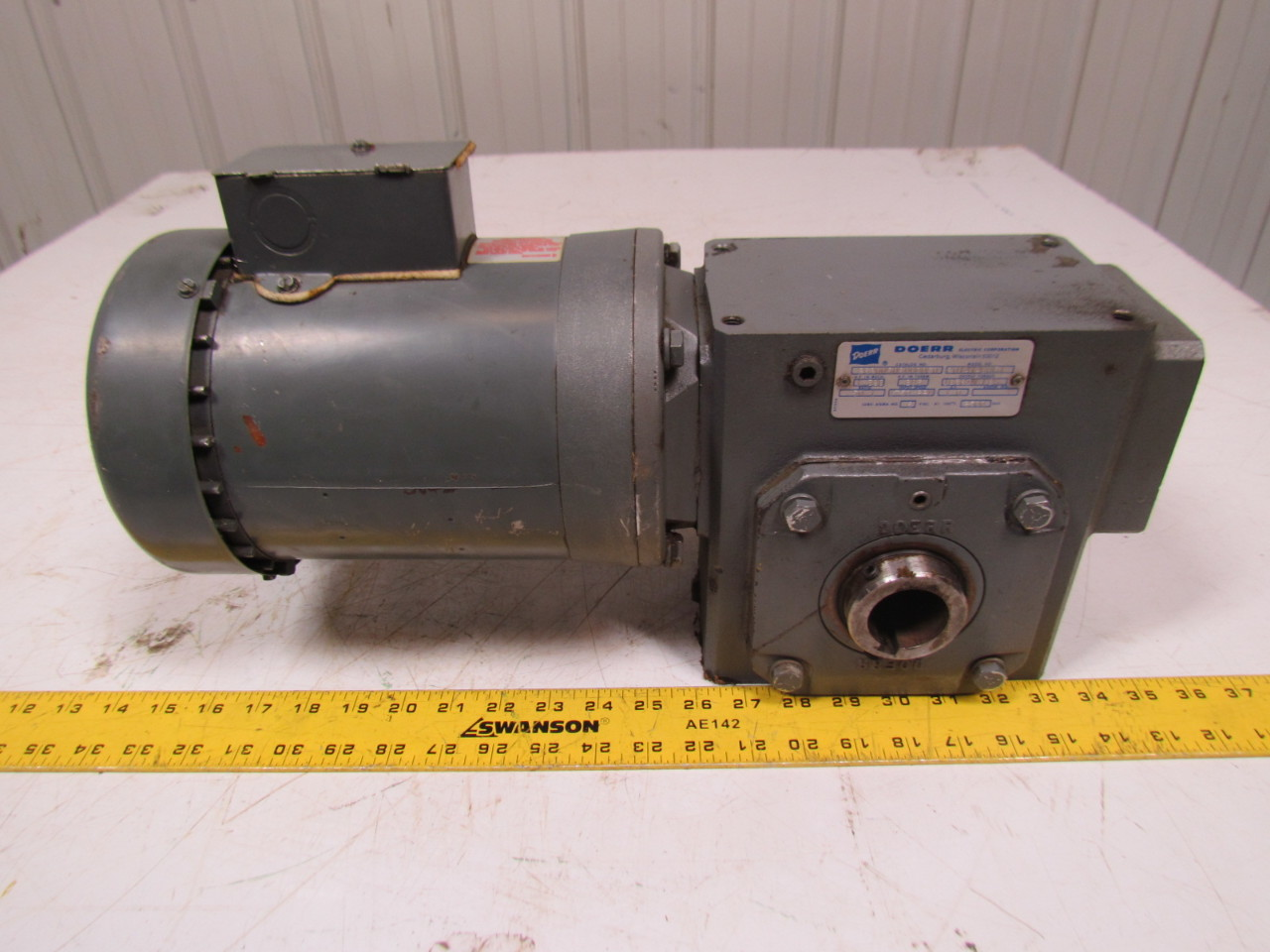 Doerr 201414b861 gearbox 50 1 ratio w lr 22132 electric motor for Electric motor with gearbox