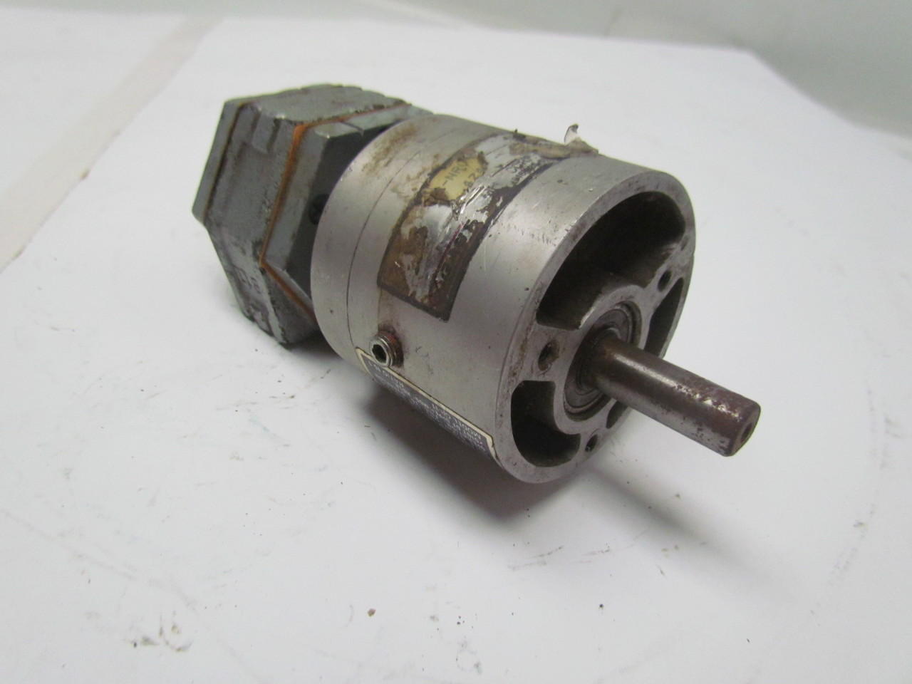 gast 1up nrv air powered gear motor w gr 11 ratio 15 1